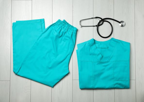 Dispensadora de uniformes con trazabilidad